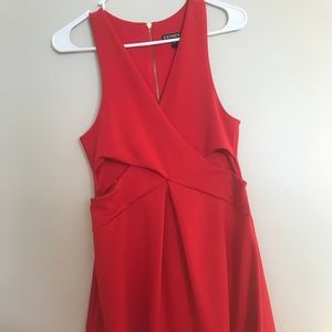Express Res Dress with Cutouts